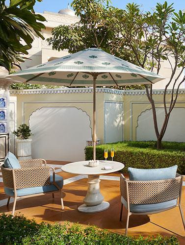 Cozy Private Terrace